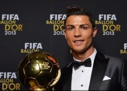 Cristiano Ronaldo a reçu le Fifa Ballon d'Or 2013